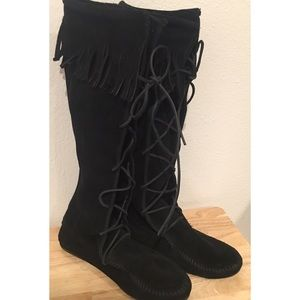 Minnetonka tall lace up leather fringed boots